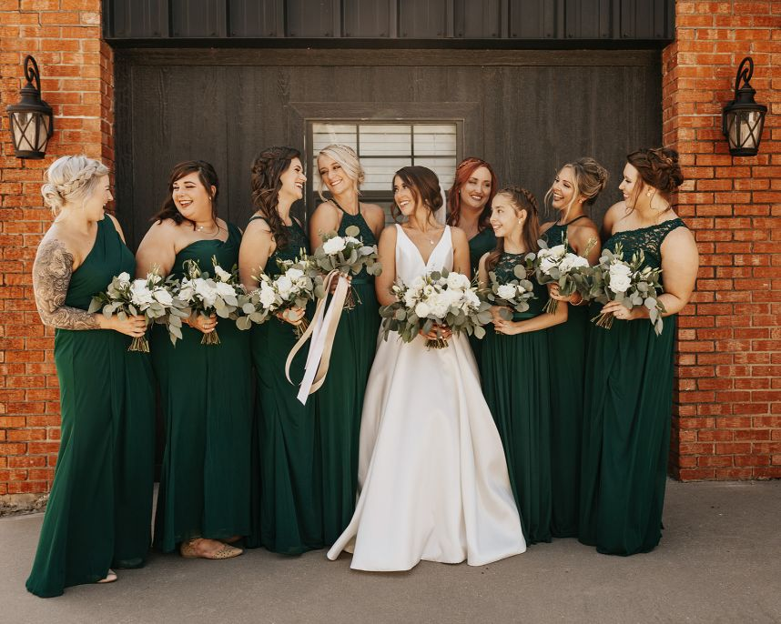 Hunter Green Wedding Grand Canadian Theater_Katie Pickens Photography_05