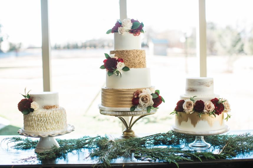 Whimsical_Winter_Wedding_Captured_by_Hope_Photography09