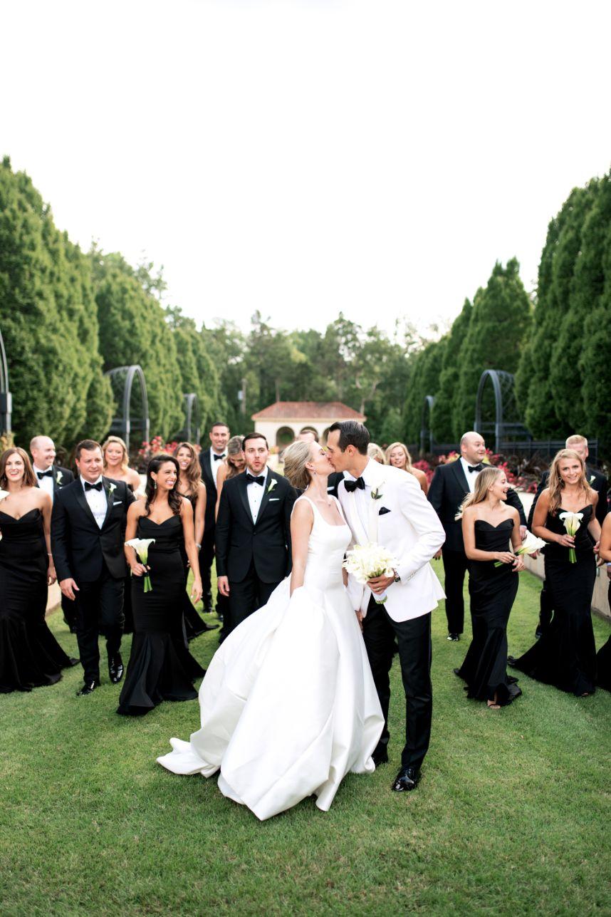 Ricci Poormon Weds John Fox Modern Tulsa Wedding from Ely Fair Photography