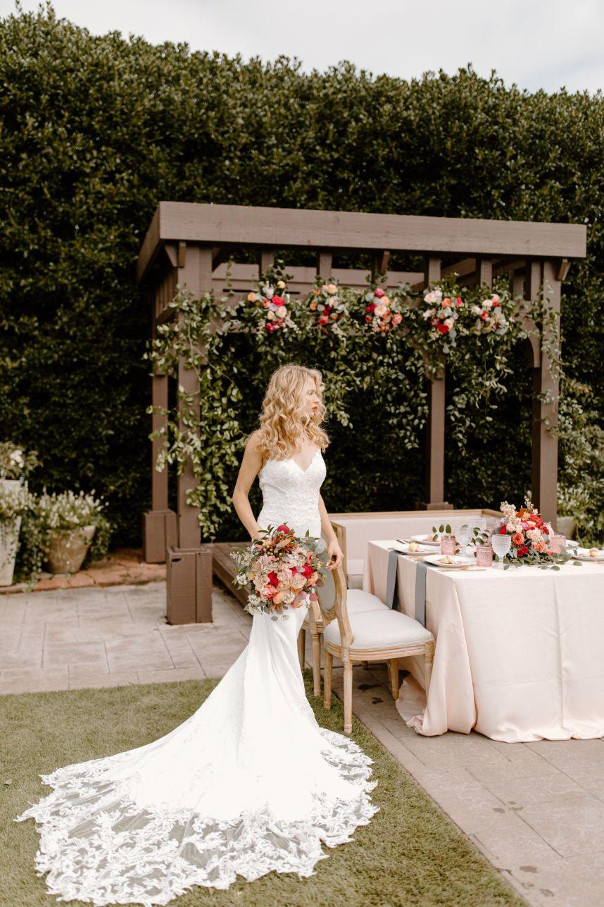 Secret Garden Micro Wedding Inspiration Oklahoma Wedding Venue Coles Garden Oklahoma Wedding Photographer Susan Alyse Photography_865 1091