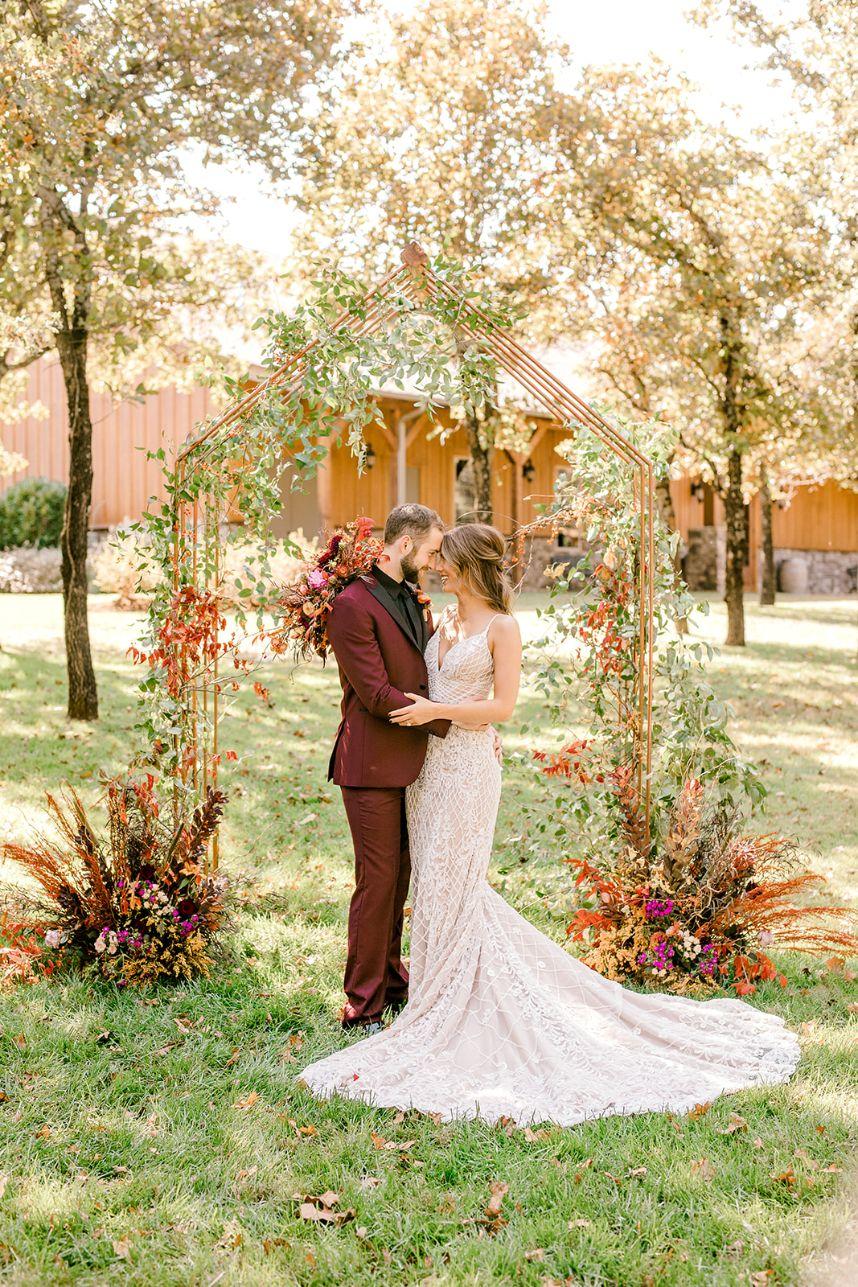 Wild Elegance Wedding Inspiration Oklahoma Wedding Venue Eleven Oaks Ranch Oklahoma Wedding Photographer Meg Rose Photography_139