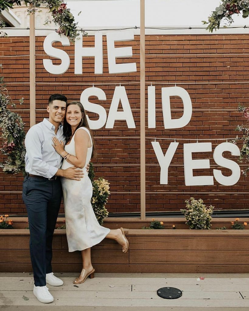 For today's dream proposal inspo *drumroll please* we have Luis and Liv's magical scene at packardsokc! From popping the question