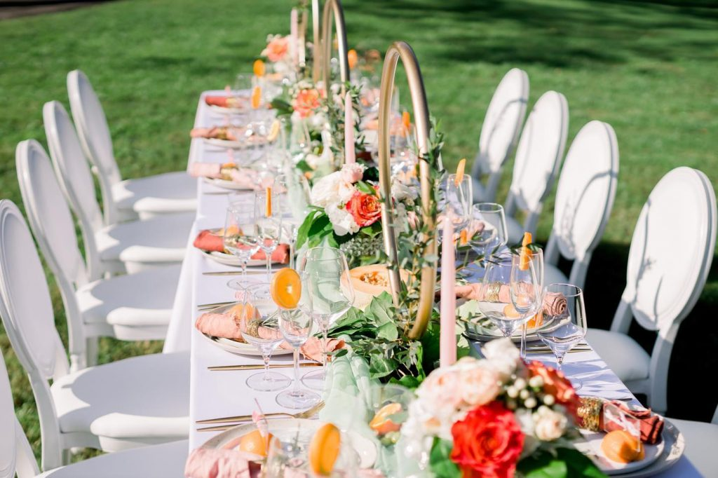 Warmer weather...come soon! ? A lovely outdoor tablescape with bright white and pale pink linens from partyprorents brings about our