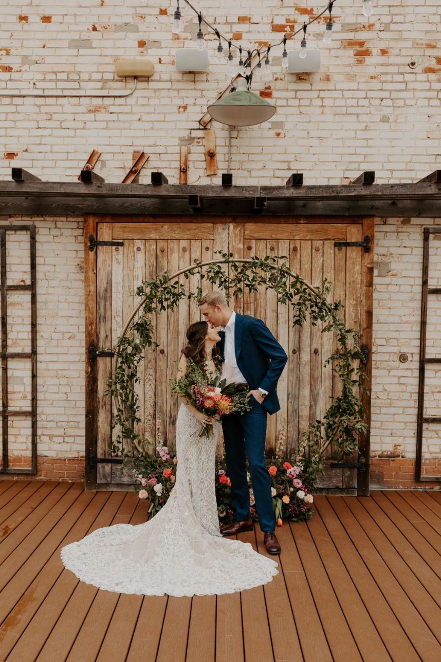 Organic Textures Industrial Setting Oklahoma Wedding Venue The Venue at PLENTY Mercantile Oklahoma Wedding Planner Florist Floral Design Forever Borrowed_177