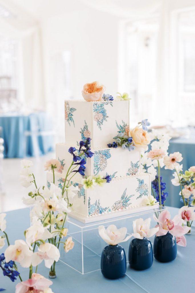 Modern Romantic Spring Wedding Inspiration