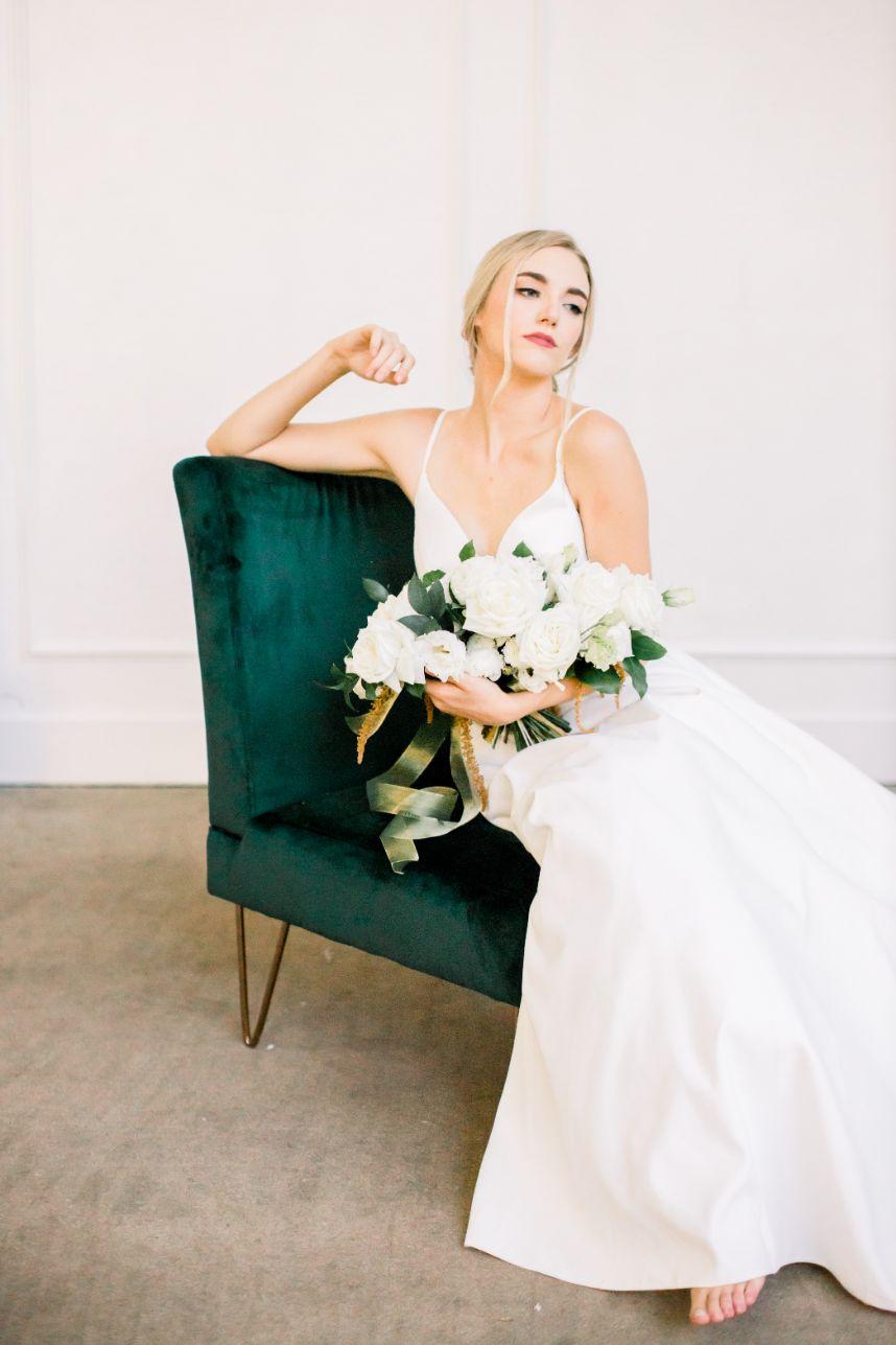 Romantic Vintage Wedding Inspiration Oklahoma Wedding Planner Harper Mae Events Oklahoma Wedding Photographer Ashton Marie Photography
