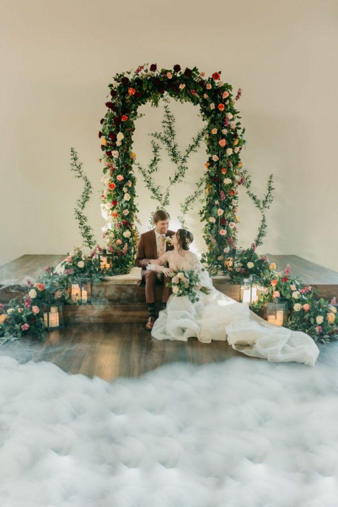 Timeless Romance Wedding Inspiration Oklahoma Wedding Venue Sorelle - The Meadow on Deer Creek Oklahoma Wedding Cake Desserts Allie's Baking Boutique