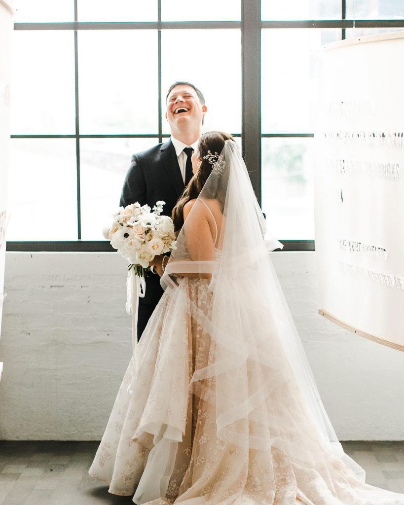 When it comes to a unique setting, this downtown Oklahoma City rooftop wedding is at the top of our list!