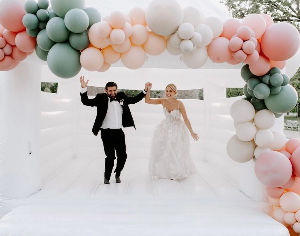 """Queue """"Jump"""" by Kriss Kross. 🎶 Next requirement when dress shopping at jjkellybridal – can you jump and dance in"""